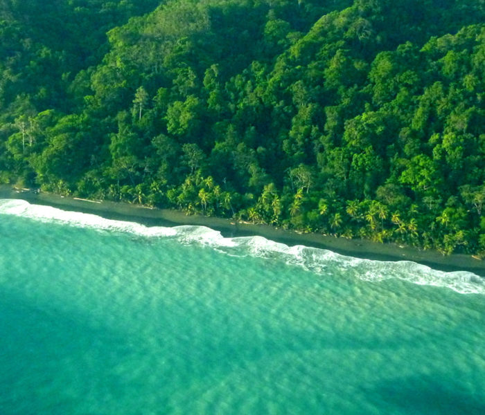 Küstenlinie am Corcovado-Nationalpark